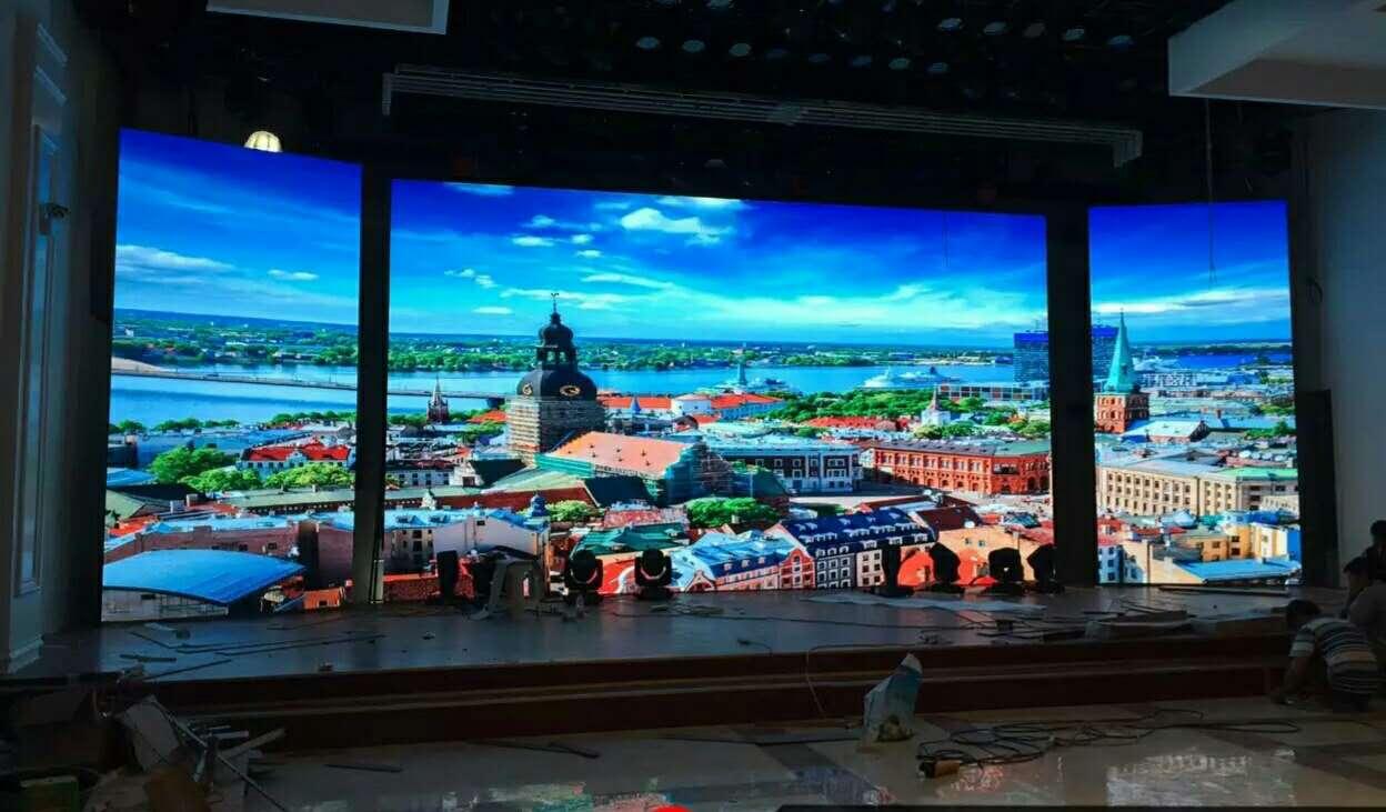 移动开合轨道推拉滑动舞台背景led显示屏